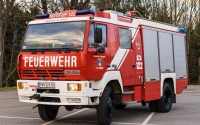 RLFA 2000 Steyr 16S26 Rosenbauer