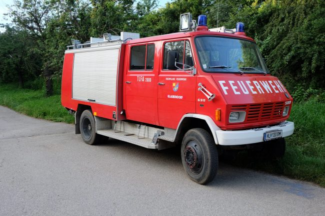 TLF-A 2000 Steyr 690