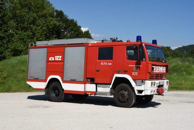 Rüstlöschfahrzeug RLF 2000Steyr 13S23 L37 4x4