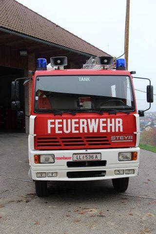 Tanklöschfahrzeug TLF 2000 Steyr 13S23